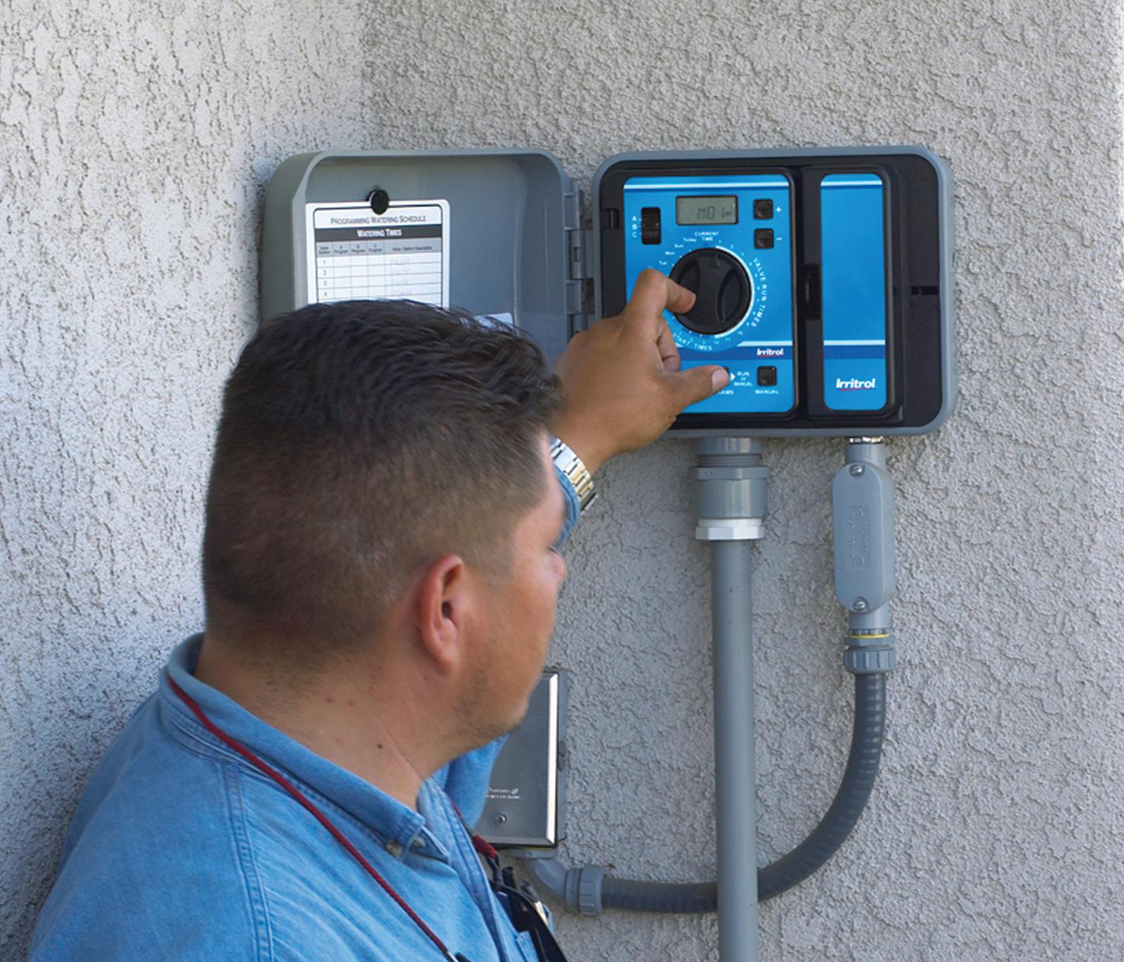 raindial_location.ashx?mw=700&mh=599&hash=2747F45B4FAA2DA5D19425B7BA775ADFCFC4E8A7 irritrol rain dial� r series Basic Electrical Wiring Diagrams at reclaimingppi.co