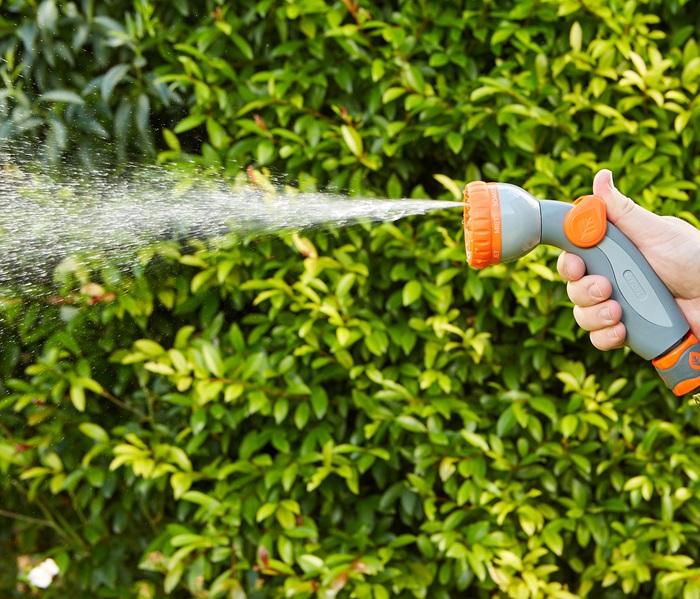 1010868-micro-control-hand-spray-6