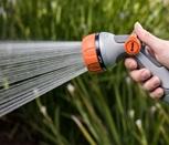 1010899-hand-spray-1