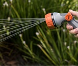 1010899-hand-spray-2