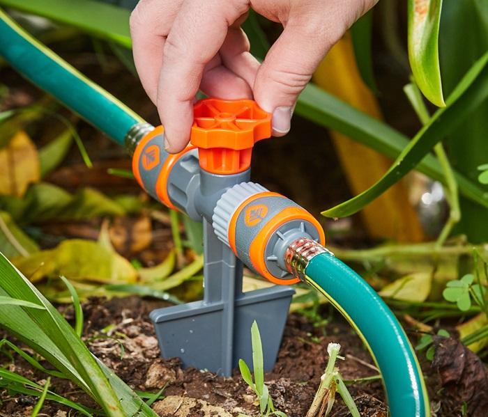 1010737-12mm-garden-hose-connector-tap-2