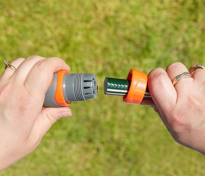 1010671B-12mm-comfort-grip-hose-connector-5