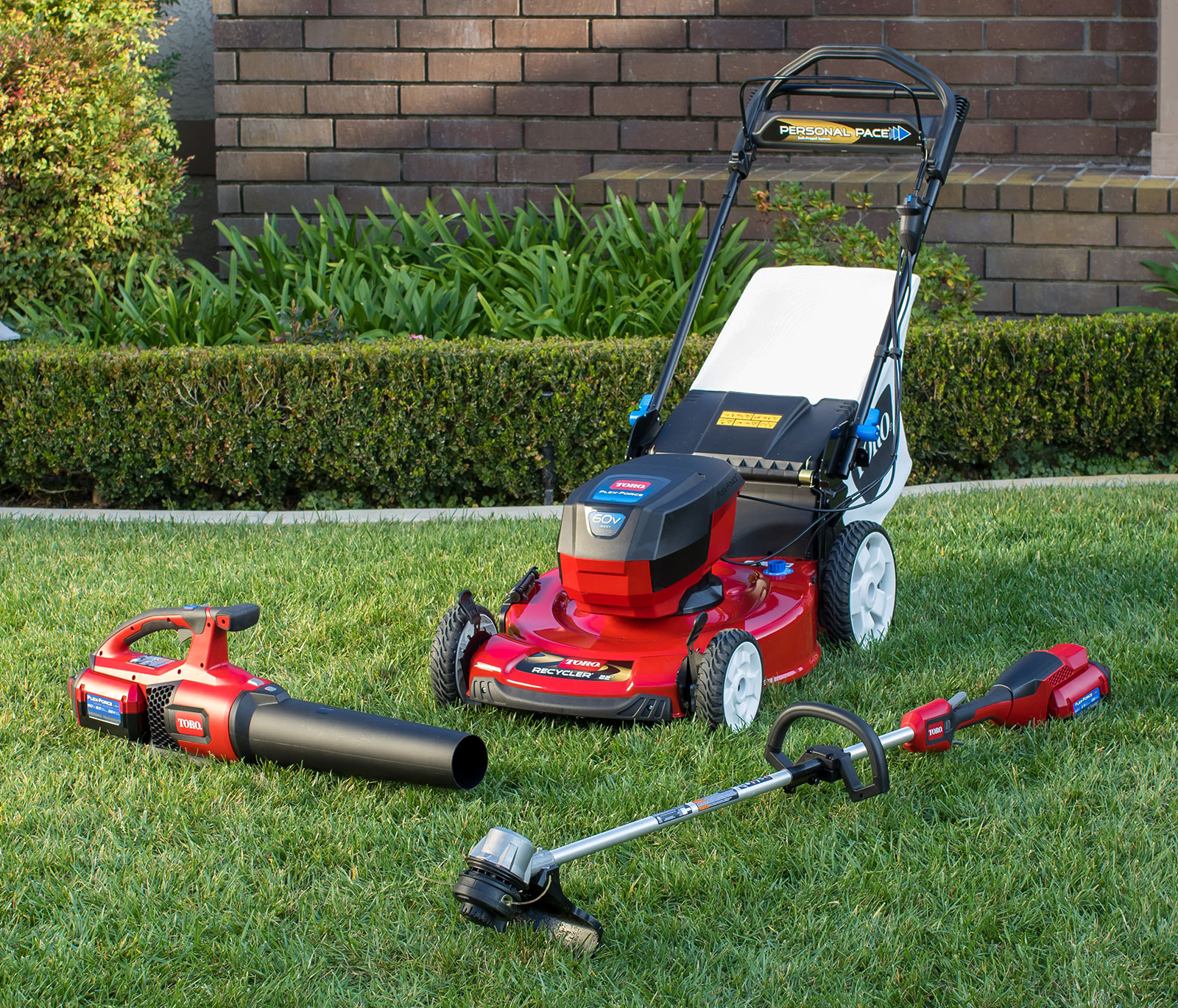 Home Lawn Care Equipment Mowers Snow Blowers Lawn Tractors Yard Tools Toro