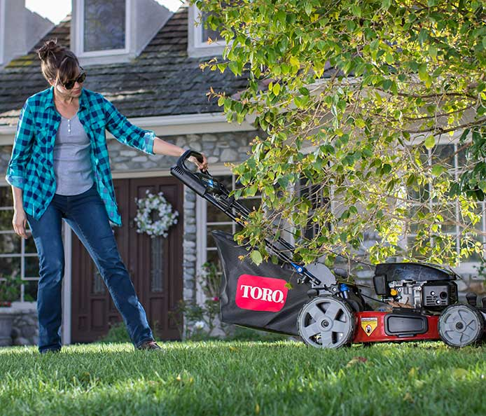 Toro PoweReverse Personal Pace Recycler Mower