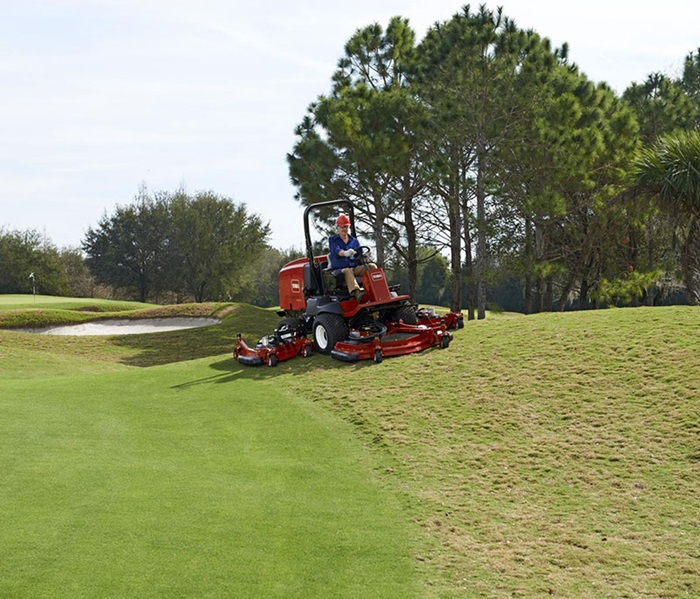 groundsmaster-4000-golf-rough-mowing-2