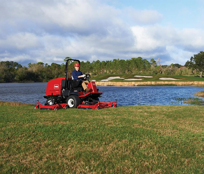 groundsmaster-4000-golf-rough-mowing