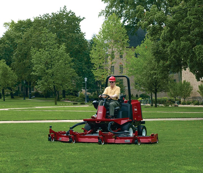 groundsmaster-4100-sfg-grounds-2