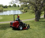groundsmaster-7200-outside-rear-right