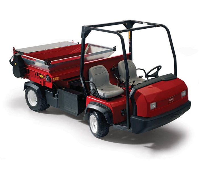 workman-hd-front-right-with-topdresser
