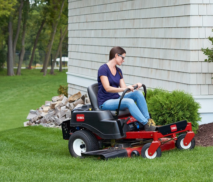Toro® TimeCutter® zero turn mower best cutting quality