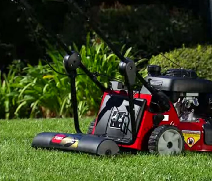 toro 22 56 cm personal pace lawn mower rh toro com Commercial Mowers toro lawn mower owners manual downloads