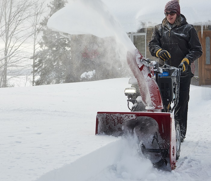 Quickly change the chute AND deflector direction with a single, smooth motion with the Power Max HD two-stage snow blower.