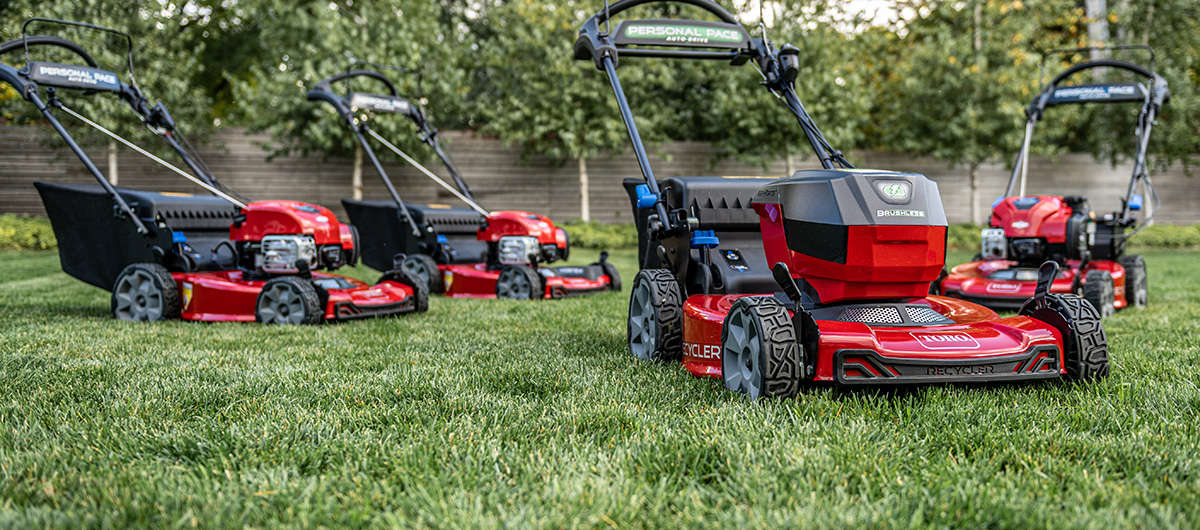 Toro Recycler lawn mowers, gas or battery, best walk behind lawn mower