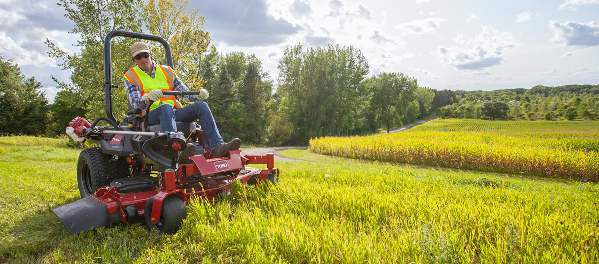 Step up your mowing season on a ride that will keep you going from start to finish.